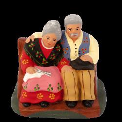 Couple de vieux assis 7 cm